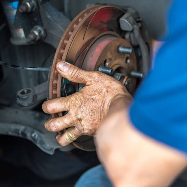 4 Signs Your Brakes Need Replacing